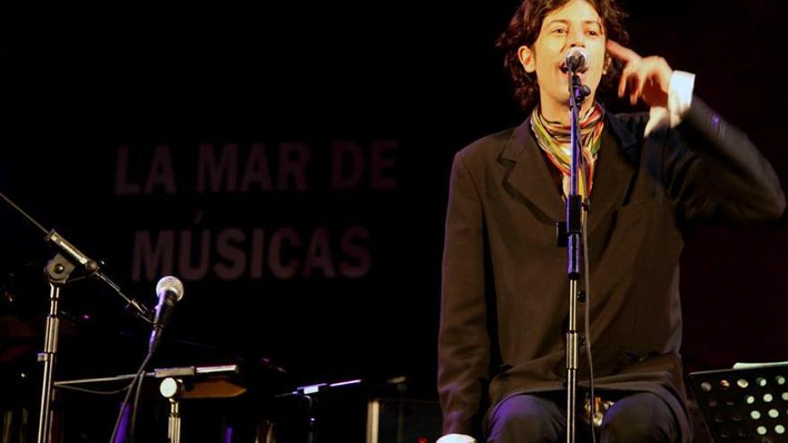 El polifacético actor argentino Andy Chango inicia una gira nacional con su espectáculo