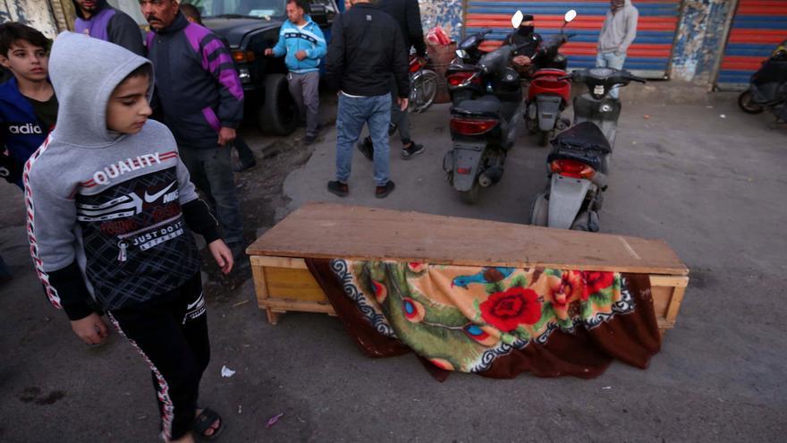 El Estado Islámico reivindica el doble atentado suicida en un mercado de Bagdad