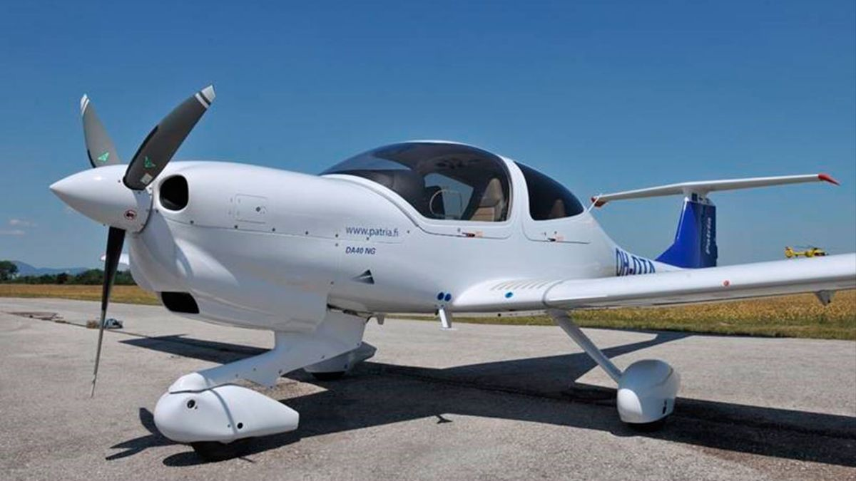 Uno de los aviones de la escuela de pilotos de Patria.