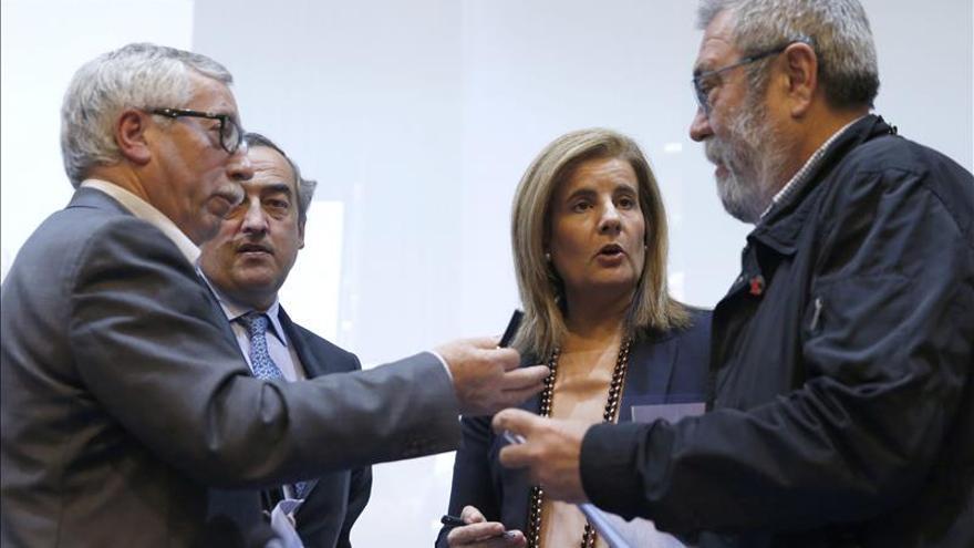 Báñez anuncia más reformas para luchar contra el empleo irregular