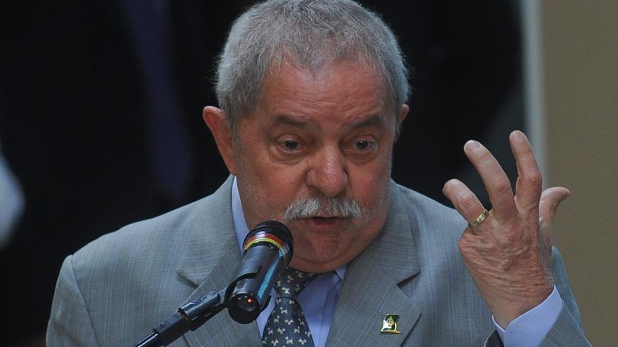Lula parte hacia México en su primer viaje al exterior después del cáncer