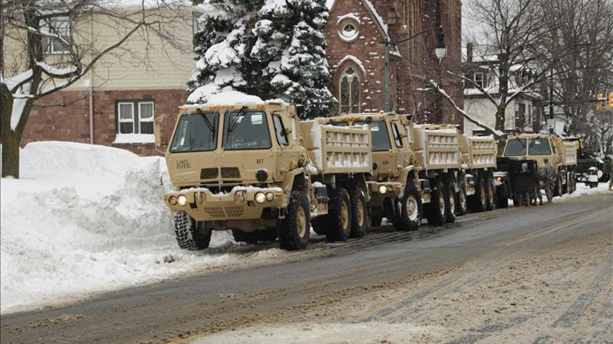 Se eleva a trece la cifra de muertos por el temporal de nieve en Nueva York