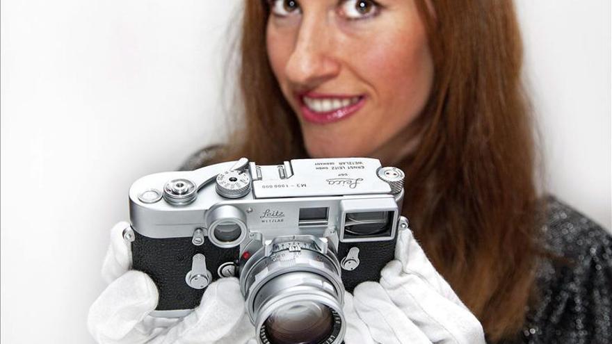 La cámara número un millón de Leica vendida por más de un millón de dólares