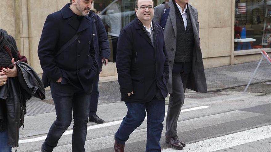 Acuerdo total entre PSOE y PSC en que el 155 no puede cambiar el modelo lingüístico