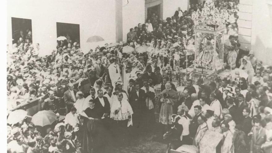 Actos de la coronación canónica en 1930.