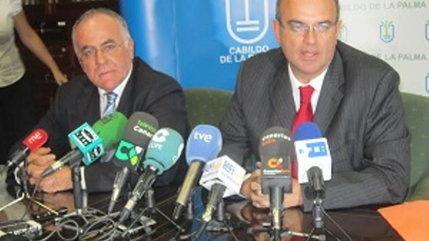 Imagen de archivo de Carlos Cabrera y Anselmo Pestana.