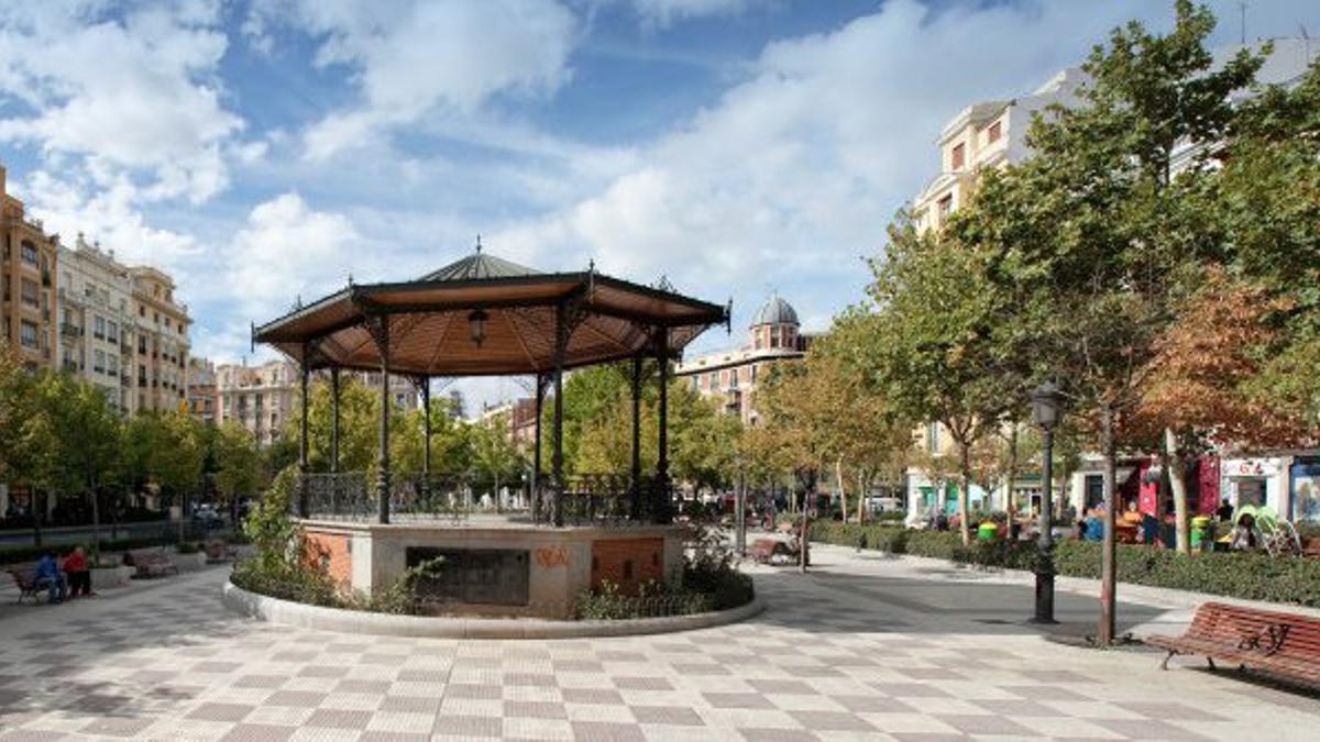 Templete en la plaza de Chamberí