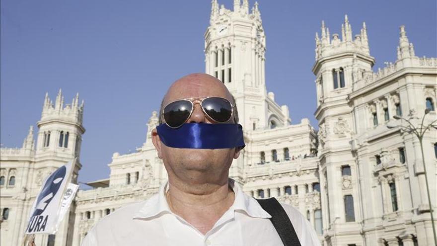El Intituto Internacional de Prensa pide que se derogue la Ley de Seguridad Ciudadana
