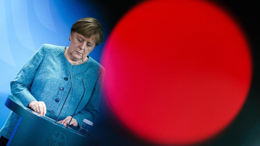 Merkel lanza un dardo a Scholz ante una posible alianza con La Izquierda