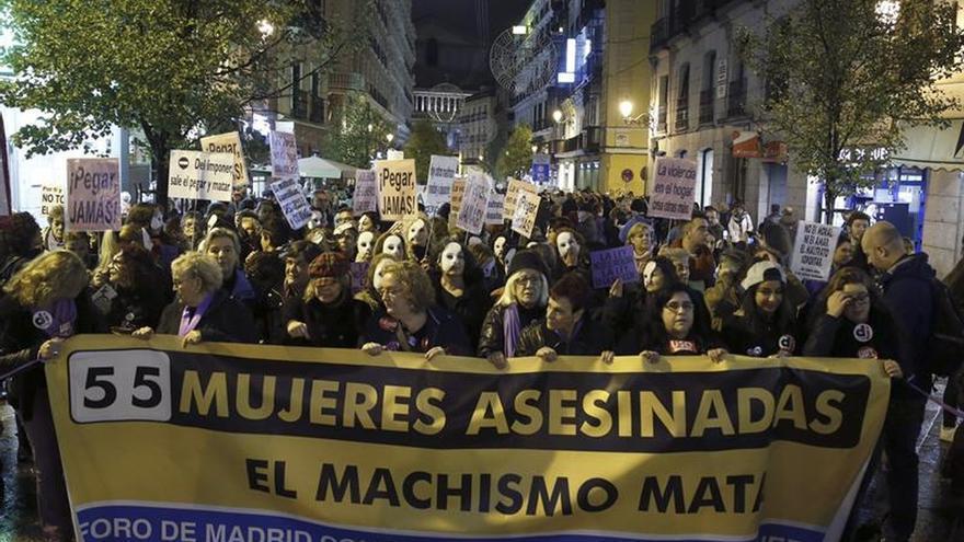 Más de 50 ciudades españolas salen a la calle contra la violencia de género