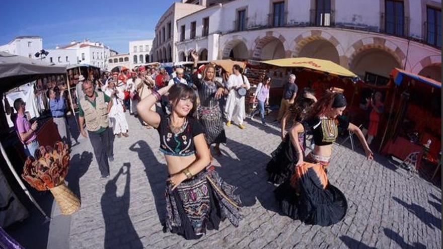 Música y baile oriental para recordar la fundación árabe de Badajoz / Twitter @fragoso_fran