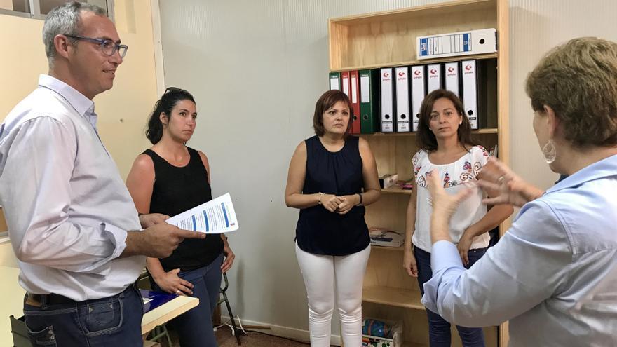 El Cabildo impulsa un proyecto de bancos de libros educativos gratuitos en Gran Canaria.