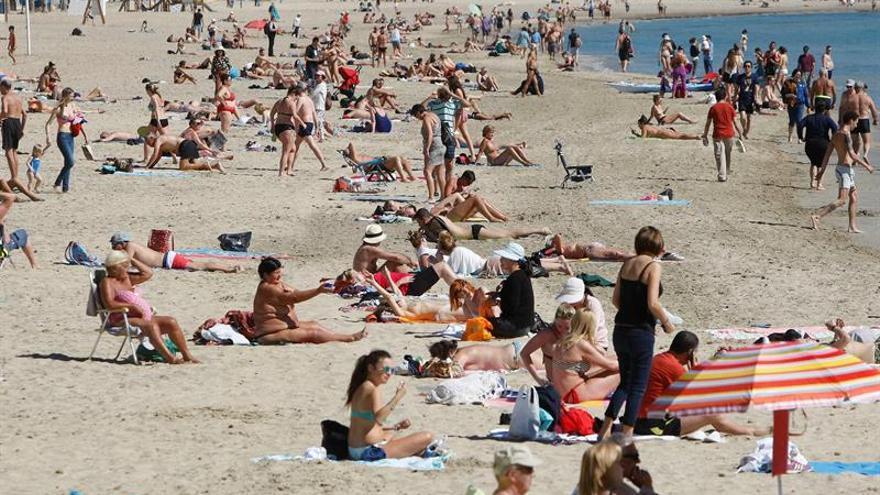 Los hoteleros de Alicante y costa (salvo Benidorm) prevén ocupación del 80 %