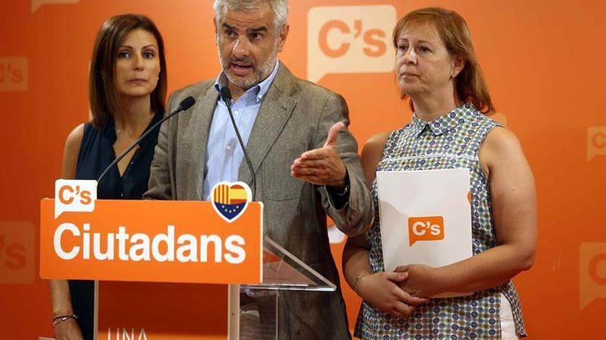 """C's acusa Puigdemont de """"bloquear expresamente"""" el diálogo y pide al PP reformas"""