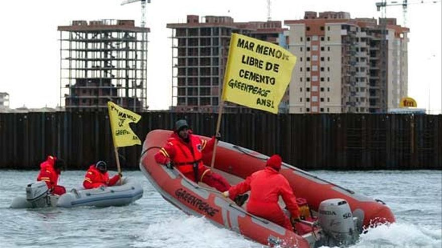 Obras en Puerto Mayor, protesta Greenpeace/ANSE