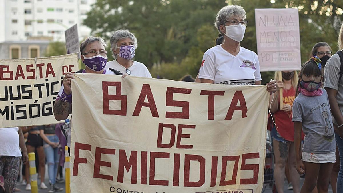 Convocan a manifestarse el miércoles 17 frente a Tribunales contra los femicidios