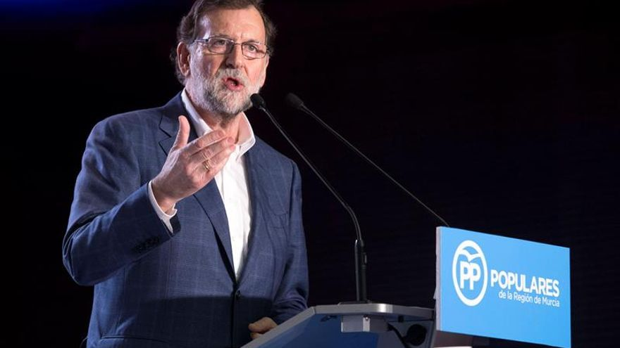 Rajoy llega al Consejo Europeo en el que defenderá un acuerdo con el Reino Unido