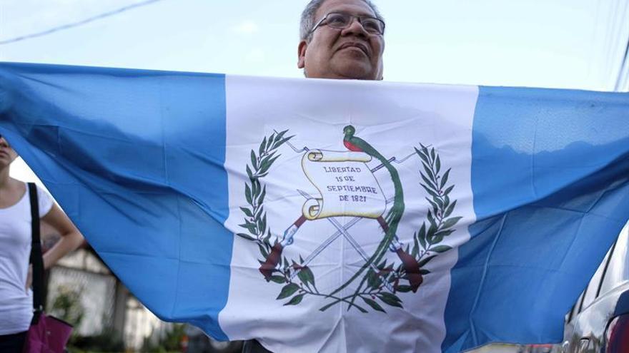 """La ONU pide a Guatemala crear un """"comité de crisis"""" tras la muerte de 40 niñas"""