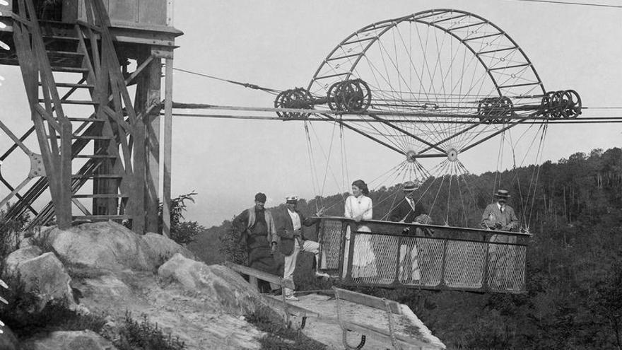 El transbordador aéreo que unió las dos orillas del río Niágara fue obra de Torres Quevedo.