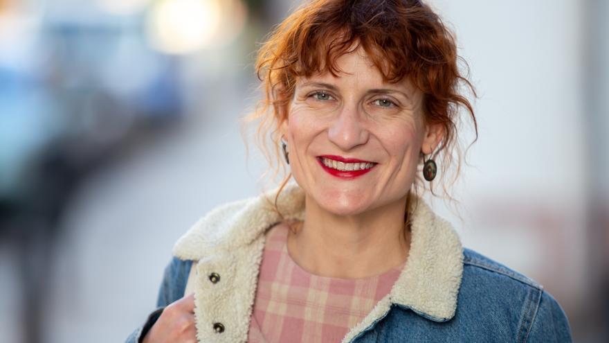 La escritora valenciana, Elisa Ferrer, acaba de ganar el premio Tusquets Editores de Novela 2019.