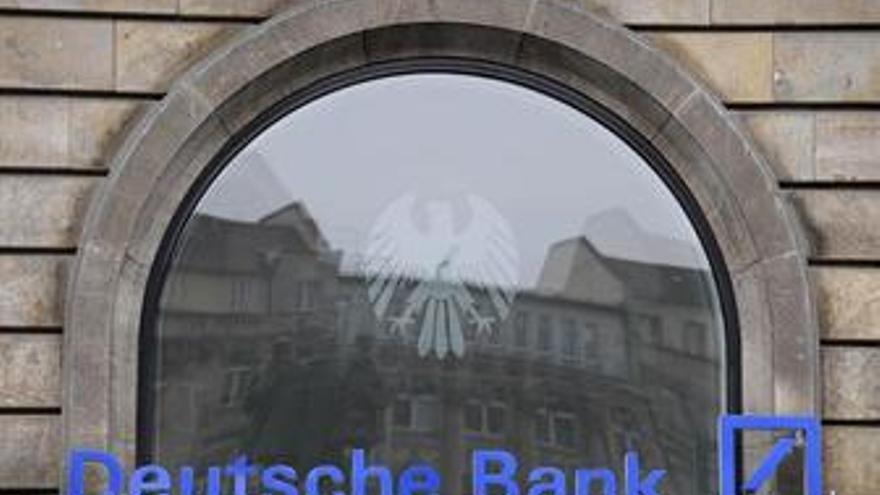 Fachada del banco Deutsche Bank