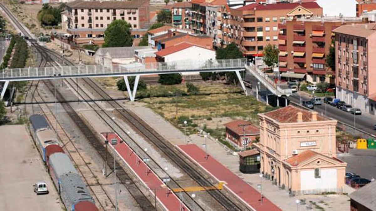 Estación de tren entre Madrid y Extremadura, Torrijos en Toledo