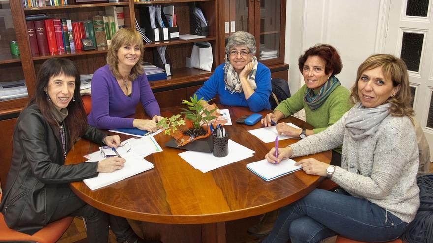 El Gobierno foral quiere aumentar la participación de las asociaciones de mujeres en las políticas de igualdad