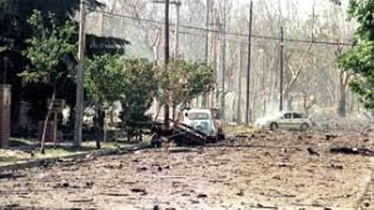 La voladura de la Fábrica Militar de Río Tercero (FMRT) ocurrida la mañana del 3 de noviembre de 1995, donde murieron siete vecinos; sufrieron heridas más de 300 personas, otras miles padecieron daños psicológicos y hubo pérdidas materiales millonarias.