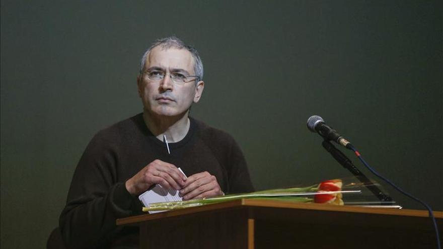 Rusia libra una orden de busca y captura internacional contra Jodorkovski