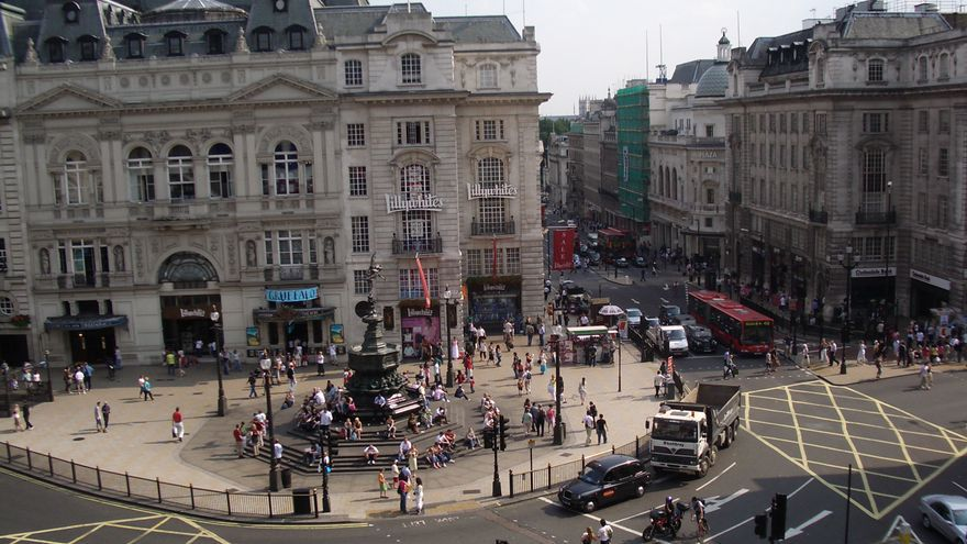 Plaza Picadilly Circus, en Londres