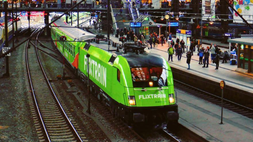 Un tren de la compañía alemana Flix Train