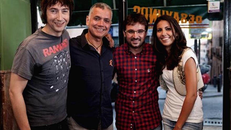 Jordi Évole, con las víctimas de RTVE: Ana Pastor, Juan Ramón Lucas y Toni Garrido
