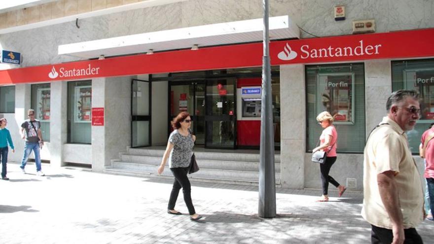 Sede del Banco Santander. Foto: De la Cruz.