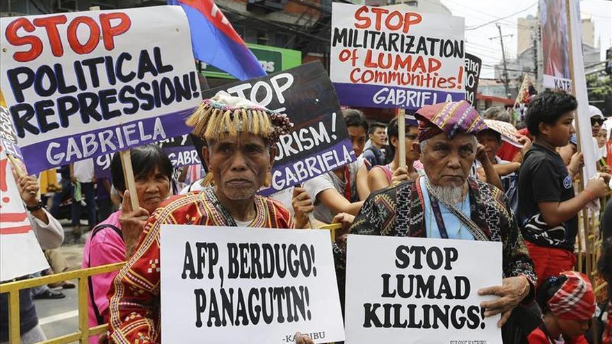 Los Marcos retienen gran poder en Filipinas 30 años después de dejar el Gobierno
