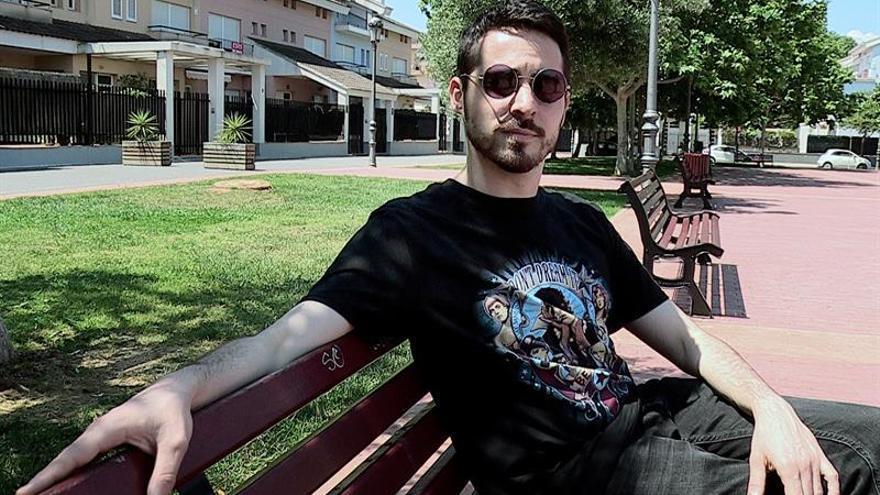 Un joven intergénero aspira a ser reina de las fiestas de Moncada (Valencia)