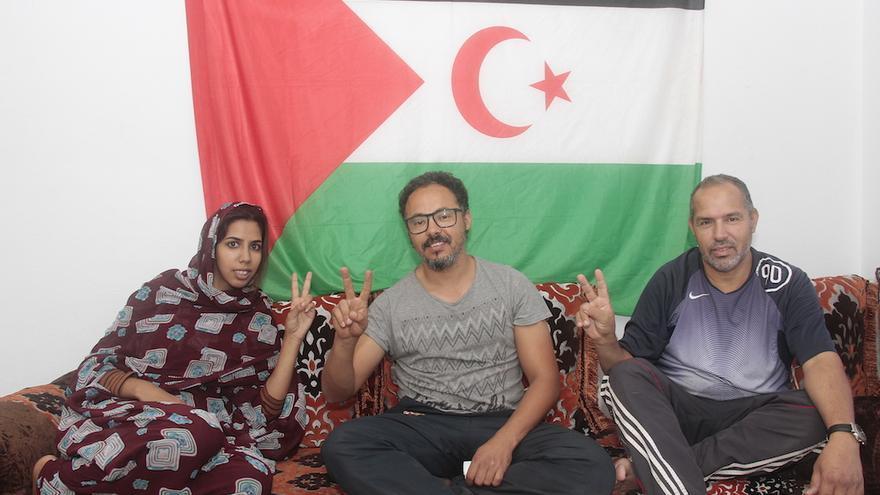 Hayat Rguibi, Driss Dambar y su hermano Halil.