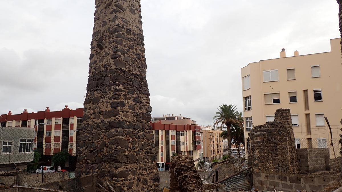 Ingenio Azucarero de Los Picachos, situado en pleno casco urbano de Telde, que data del siglo XVI.