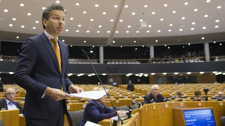 El PE adopta normas para atajar las lagunas fiscales que usan las multinacionales