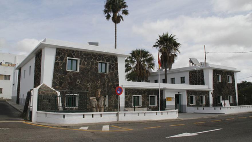 Detenido en Lanzarote por quedarse un coche que tenía que vender y conducirlo sin permiso de conducción
