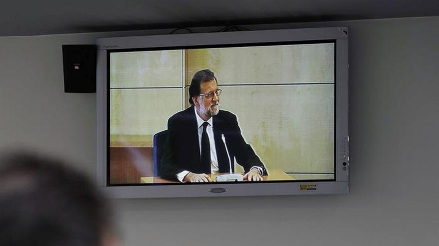 Rajoy asegura que fue él quien decidió cortar la relación del PP con Correa