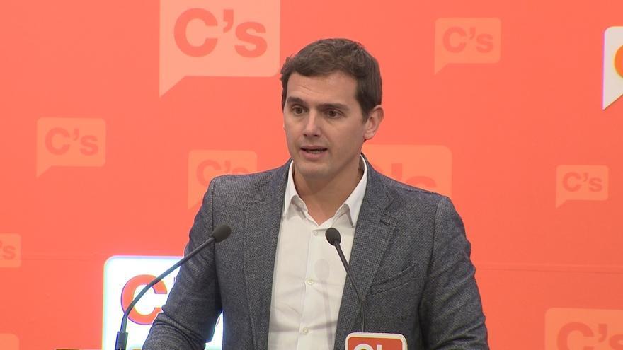 """Rivera rechaza el """"debate identitario"""" que promueve el PSC, que """"se ha comido"""" el debate social y económico"""