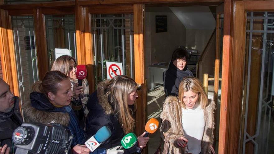 La madre asegura ante la juez que su hija fue agredida por los futbolistas