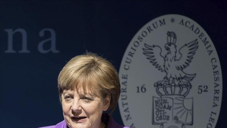 Merkel visita hoy Moscú para rendir homenaje a caídos en II Guerra Mundial