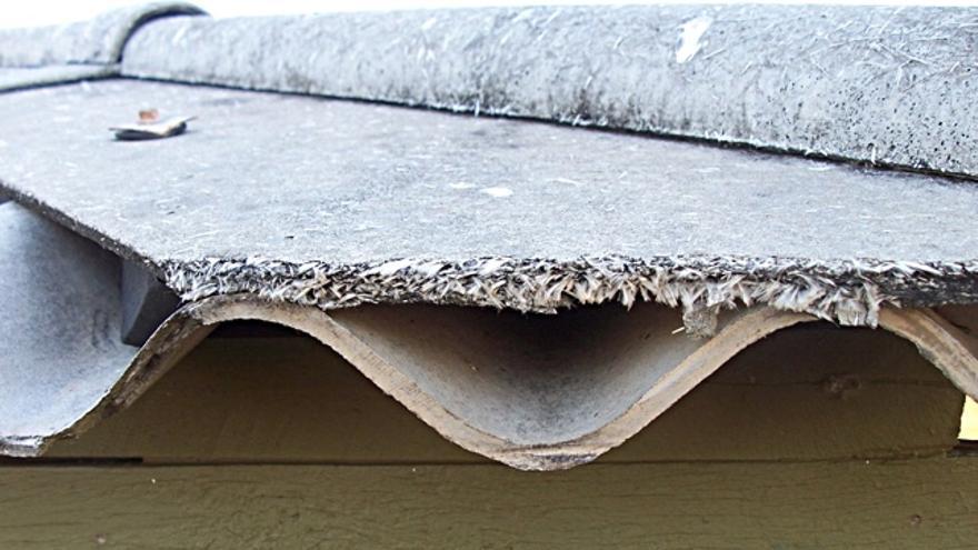 Amianto un peligro real y sin cuantificar en casas for Tejados sin tejas