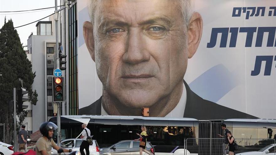 Abren los colegios electorales en Israel por segunda vez en cinco meses