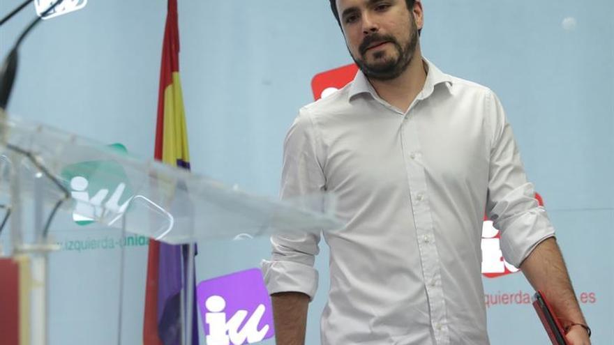 Garzón dice que un referéndum sin garantías no resuelve el conflicto en Cataluña