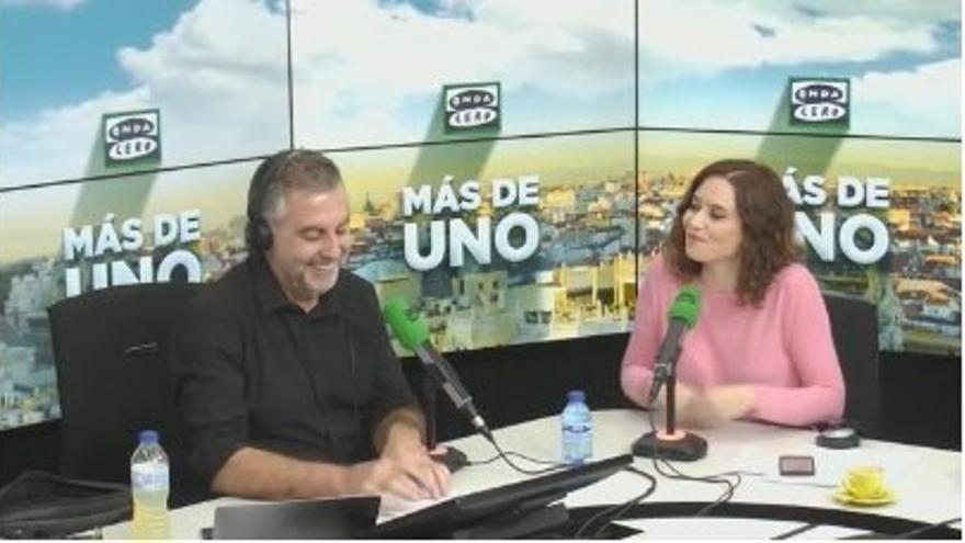 """Díaz Ayuso se refiere al caso de Cifuentes como un """"tema personal"""" y espera que explique """"pronto"""" el """"carajal"""" del TFM"""