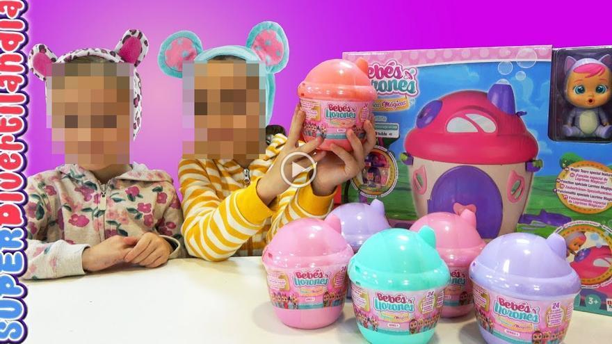 Imagen de un canal de YouTube dirigido a niños que no identifica el contenido publicitario