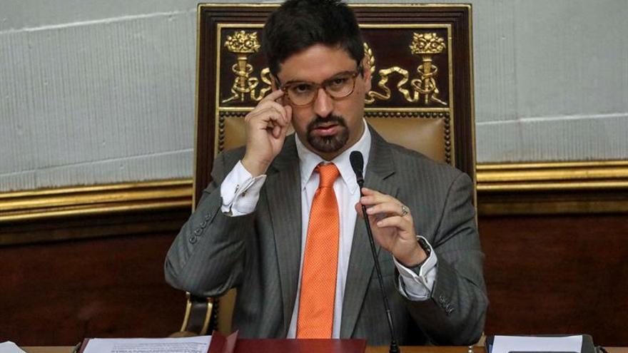 """El vicepresidente de Cámara venezolana dice a Maduro que no será un """"rehén más"""""""