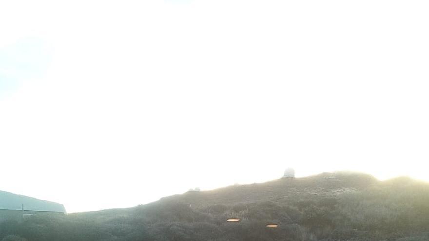 En la imagen, alrededores de la residencia del IAC en el Observatorio del Roque de Los Muchachos, este miércoles, con una capa de escarcha.